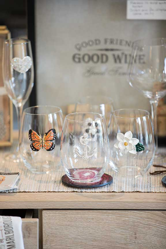 Joy Den Jewelers - Luxbe Wine Glasses