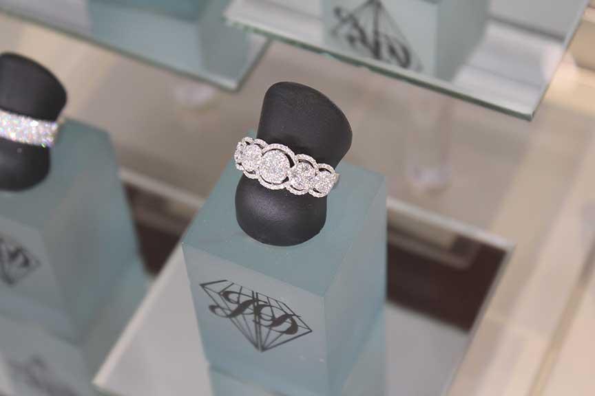 Joy-Den - Fine Jewelry - Diamond Rings