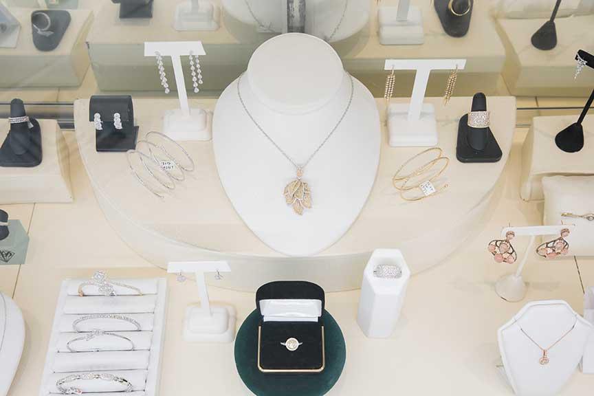 Joy-Den - Fine Jewelry